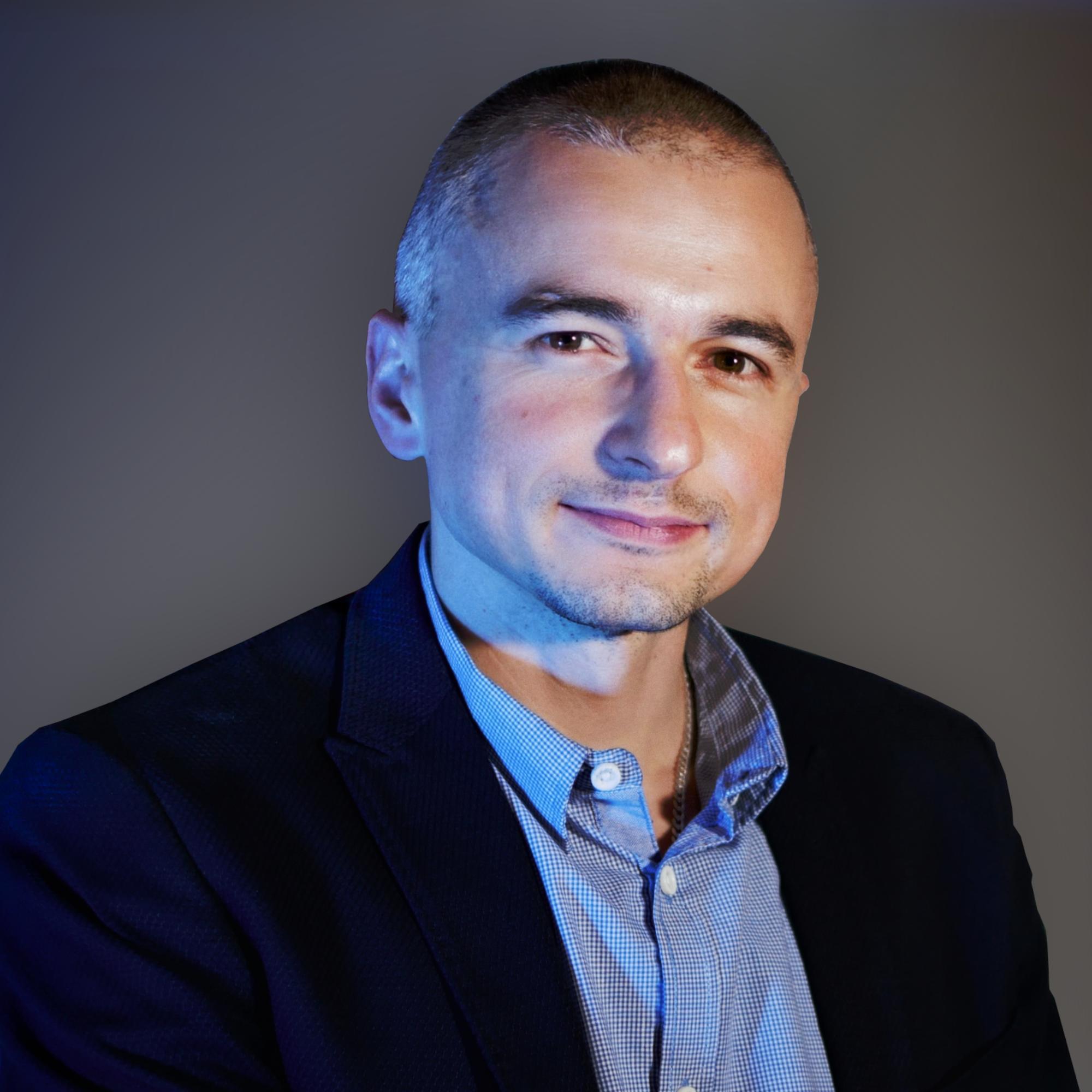 Piotr Szwędrowski - Foto 1